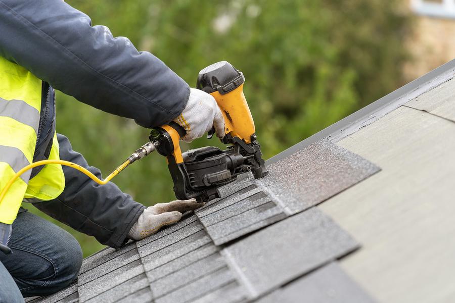 nailing the asphalt roof tile